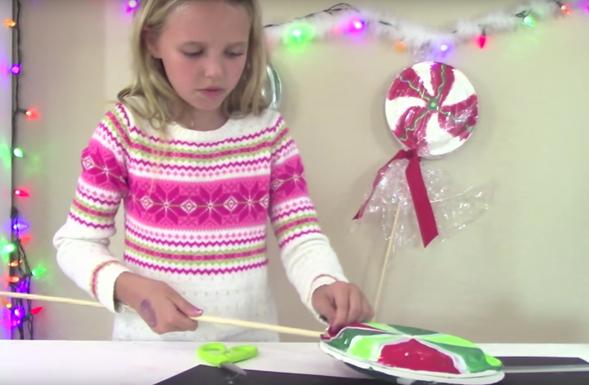 paper-plate-lollipops-insert-dowel-rod
