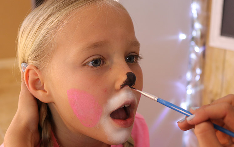 how-face-paint-bunny-nose