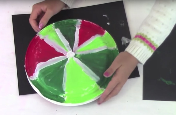 paper-plate-lollipops-christmas-craft