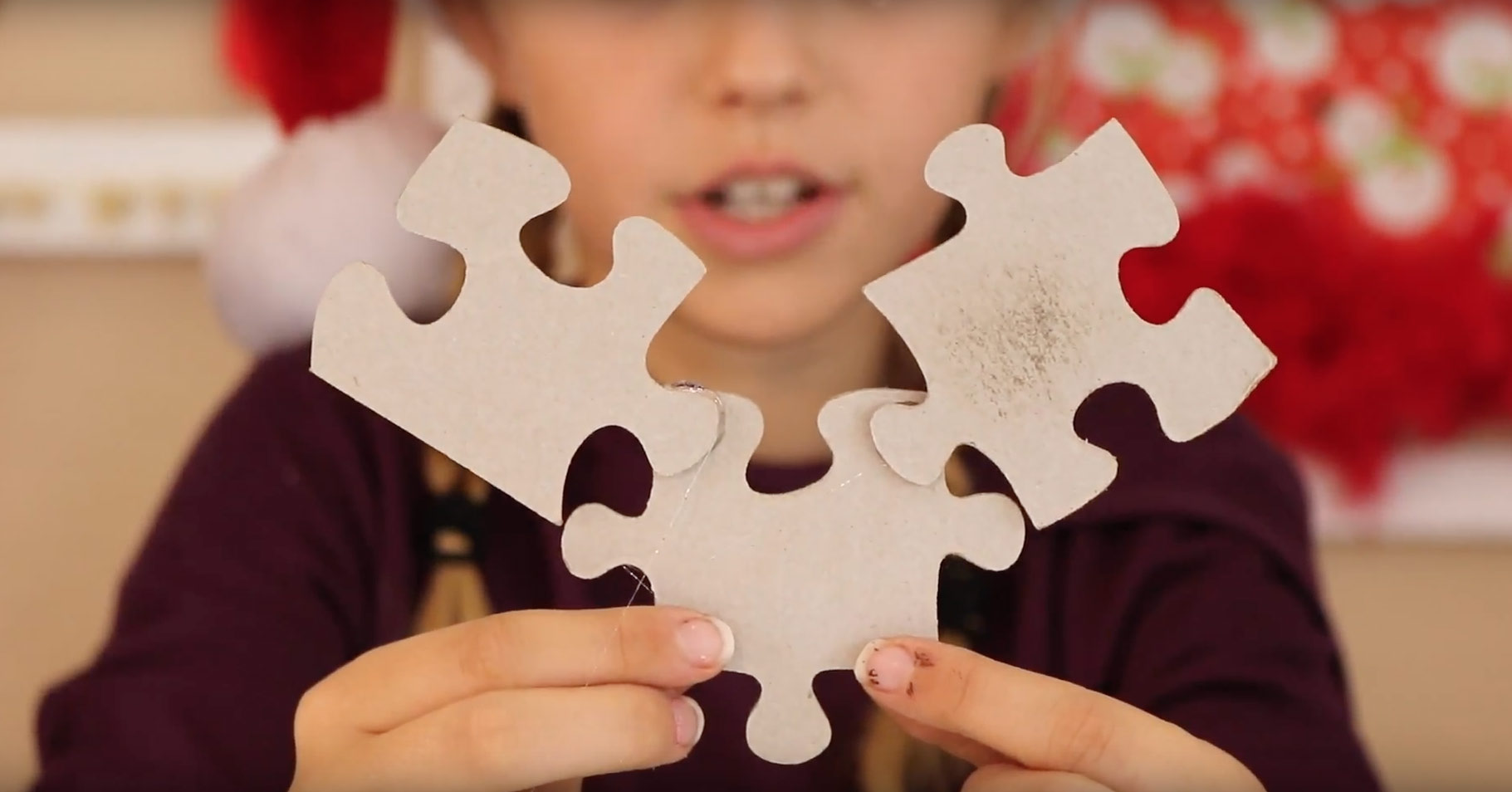 how-make-puzzle-reindeer-ornament-glue-pieces