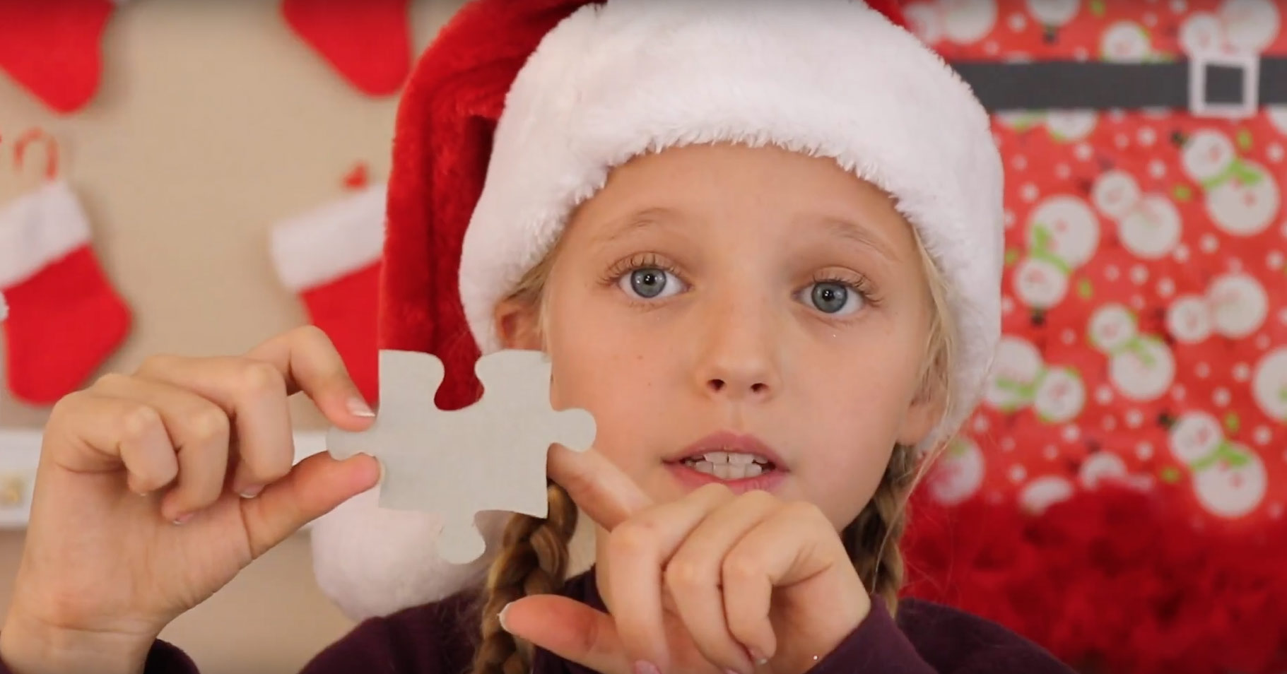 how-make-puzzle-reindeer-ornament-arrange-shape