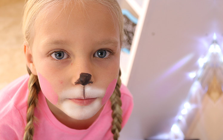 how-face-paint-bunny-face-kids