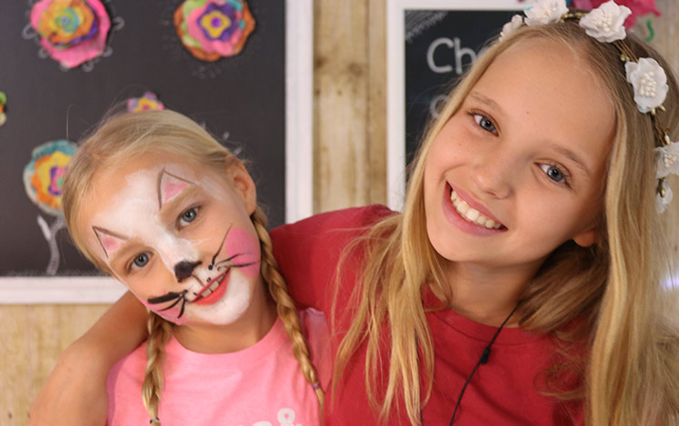 kids-crafts-three-sister-face-painting-animals