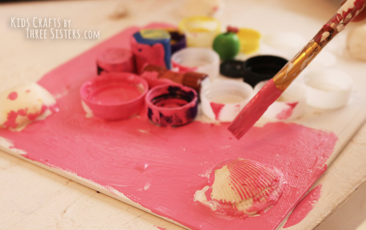 kids-mixed-media-art-paint-grace