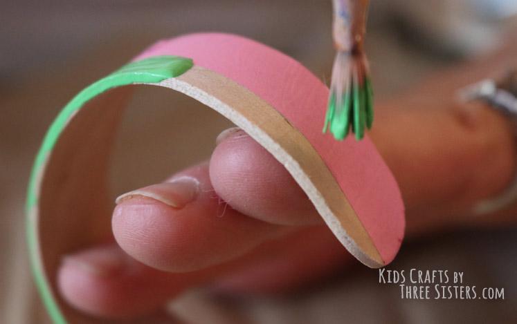 green-stripe-craft-stick-bracelet