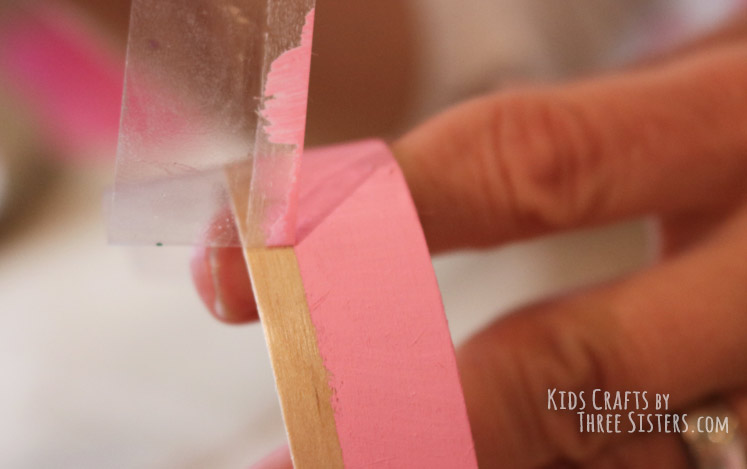 how-make-craft-stick-bracelet-tape