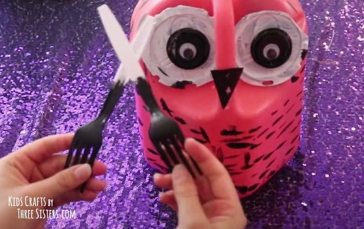 glue-forks-classrooom-earth-day-craft