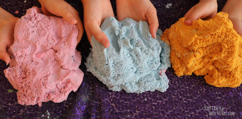 diy-kinetic-sand-recipe-kids-crafts-by-three-sisters