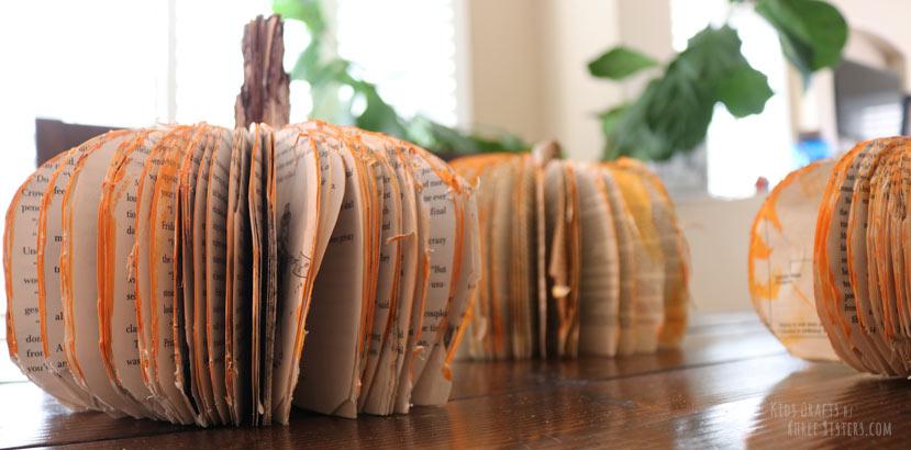 fall-pumpkin-craft-book-centerpiece
